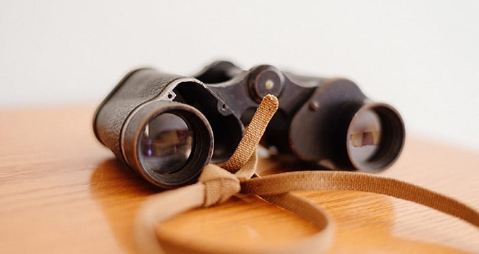 Comprehensive-Credit-Reporting-History-Binoculars